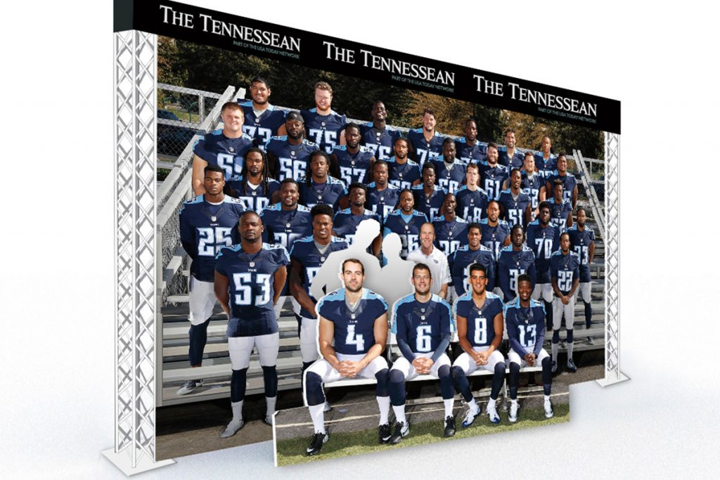 Tennessee Titans / Fan Team Photo Op